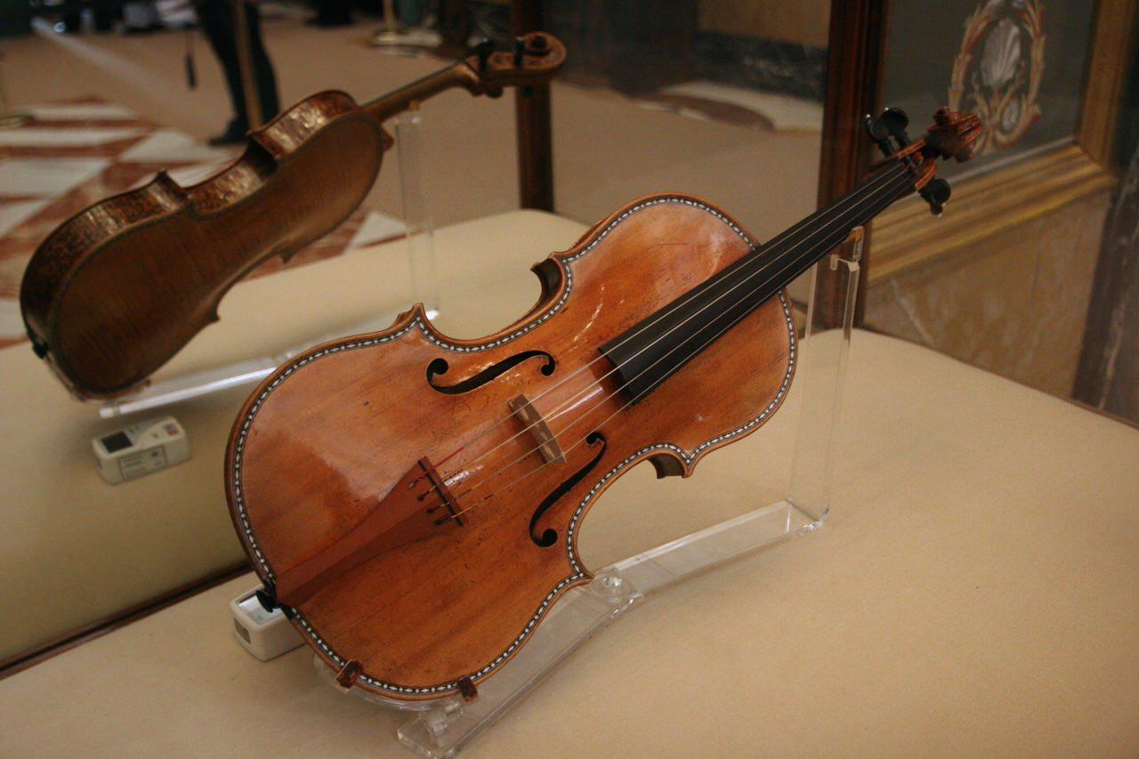 видите виолончель страдивари фото что